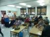 Pletenje adventnih vencev z babicami in dedki