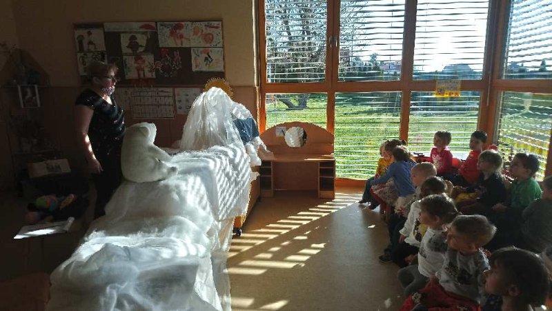 predstava-za-otroke-medvedki-4