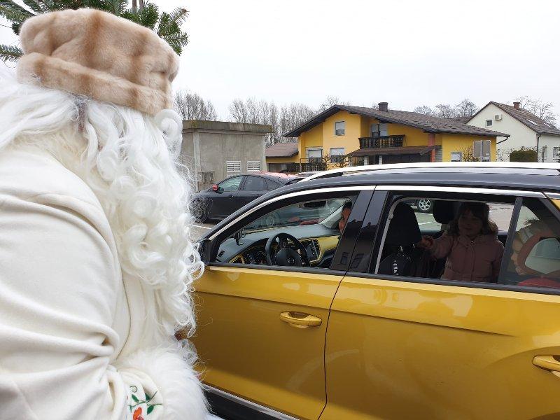Dedek Mraz na Tišini
